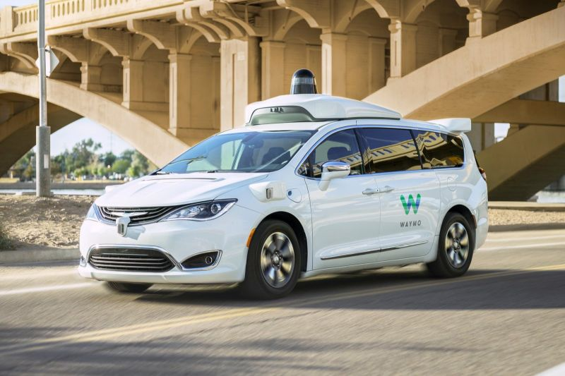 waymo one driverless taxi